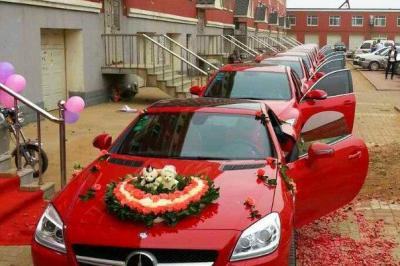 孝感红色奔驰婚车|红色奔驰花车